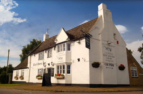An image of the outside of the Black Horse